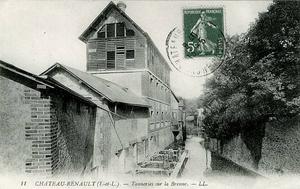 8- Tanneries sur la Brenne à Chateau Renault